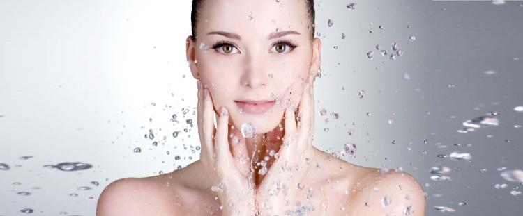 pulire-il-viso-in-modo-naturale-ed-efficace