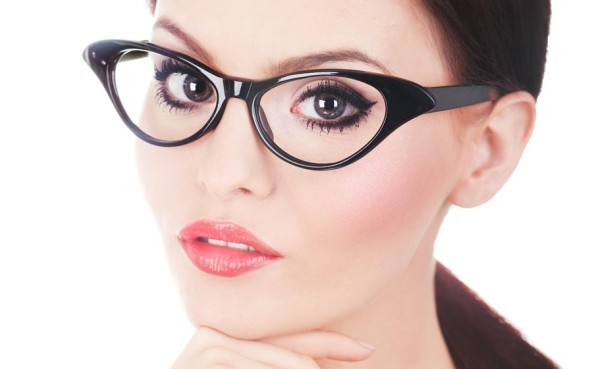 qstudio-makeup-make-up-per-chi-porta-gli-occhiali-899x561